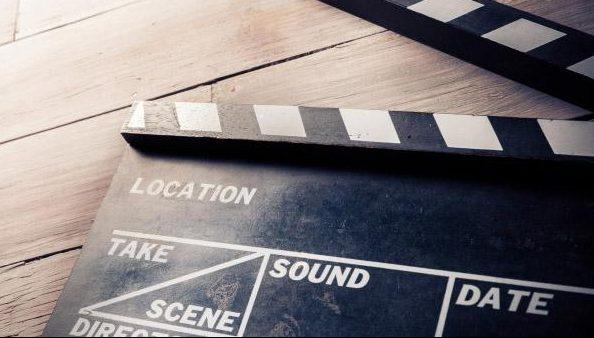 Välkomna den svenska filmindustri som flytt utomlands tillbaka, manar debattörerna. Foto: Colourbox